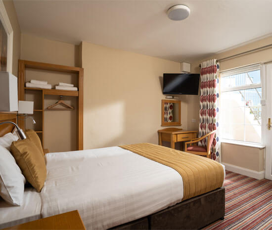 Standard Double Room with mini kitchen at Belmore Court & Motel, Enniskillen