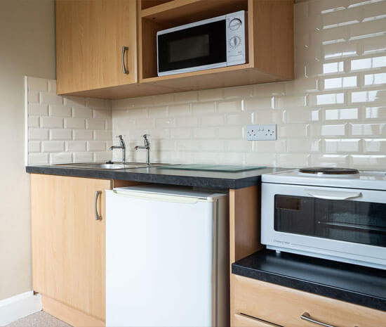 Standard Room Mini Kitchen at Belmore Court & Motel in Enniskillen