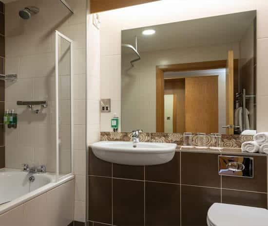Superior Ensuite with Bath